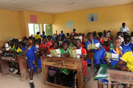 nigerian-children-school-1